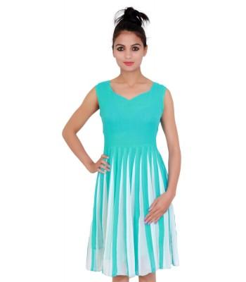 Round neck sleevless Green, white Dress for Women